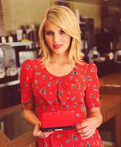 Dianna Agron. Hair long Bob. - for spring? I really want to cut my hair- I think?