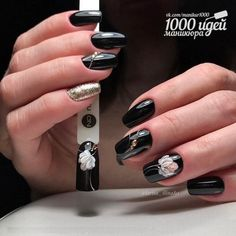 Look at the summer nail art design photos, choose the best idea for yourself and embody it boldly! Best option summer nail designs 2018 and 2018 nail art designs. Easter Nail Designs, Easter Nail Art, Nail Art Designs, Uñas One Stroke, Chic Nails, Flower Nails, Cookies Et Biscuits, Nail Trends, Short Nails