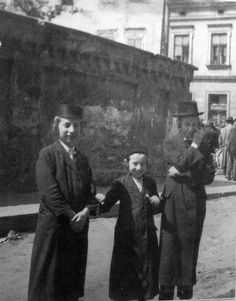 Menachem Kipnis. Hasídadrengir in Krakow.(Jews in interwar Poland)