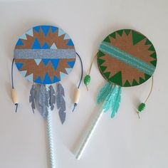 Super music diy instruments for kids Ideas Kids Crafts, Diy And Crafts, Arts And Crafts, Diy With Kids, Paper Crafts Magazine, Art Projects, Projects To Try, Homemade Instruments, Native American Crafts