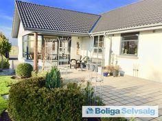 Nyrenoveret arkitekttegnet Villa i smukke omgivelser Dyssevænget 44, Sædding, 6900 Skjern - Villa #villa #skjern #selvsalg #boligsalg #boligdk
