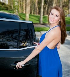 Alyssa heads into our new Lincoln Stretch MKT. You could too, www.lelimo.com