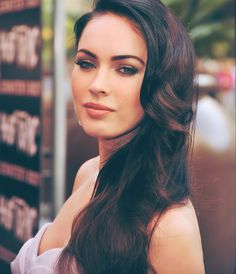 """""""Brown hair should look like Megan Fox's and cake: rich and chocolately."""" -Negin Zand, colorist at the Sally Hershberger Los Angeles FOX salon Side Swept Hairstyles, Pretty Hairstyles, Wedding Hairstyles, Megan Fox Tumblr, Megan Denise Fox, Beautiful Celebrities, Beautiful People, Beautiful Actresses, Beautiful Things"""