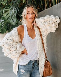 ALMOST SOLD OUT // DON'T MISS OUT Tender Loving Care Knit Cardigan - Natural $78 Sizes SM + ML Also comes in Mustard + Twig This sweater… Fall Winter Outfits, Autumn Winter Fashion, Autumn Style, Winter Style, Boho Fashion, Girl Fashion, Fashion Outfits, October Outfits, Outfit Combinations