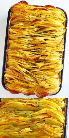 Crispy Leaf Potatoes is the BEST roasted potatoes recipe. Thin and crispy layers. - Crispy Leaf Potatoes is the BEST roasted potatoes recipe. Thin and crispy layers of sliced potatoes Easy Healthy Dinners, Vegan Dinners, Healthy Dinner Recipes, Vegetarian Recipes, Cooking Recipes, Veggie Recipes Sides, Cooking Tips, Best Vegetable Recipes, Cooking Food