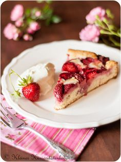 Erdbeerkuchen - Strawberry Cake  Recipe is in German...need to translate correctly