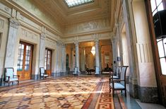 Una sala nascosta della stazione centrale di Milano, quella dove la famiglia reale aspettava il suo treno. Scopritene tutti i segreti su www.curiosami.altervista.org