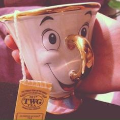 Love these mugs! Have two Cheshire Cat Mugs. Disney is my favorite! Deco Disney, Disney Love, Disney Belle, Sassy Disney, Alice Disney, Disney Diy, Disney Dream, I Smile, Make Me Smile