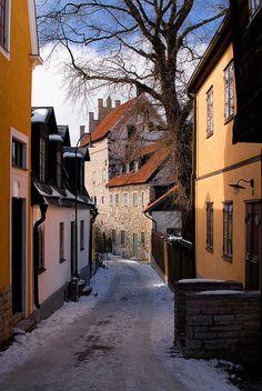 Visby street, Gotland, Sweden by Christian Metts, via Flickr