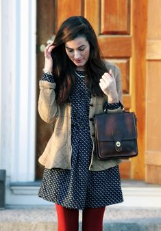 Sarah Vickers of Classy Girls Wear Pearls in Steve Madden heels and an Ark & Co. Preppy Style, My Style, Preppy Fashion, Classic Fashion, Teen Fashion, Navy Dress Outfits, Dress Red, Fall Outfits, Red Tights