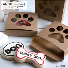 Paw Print cookie boxes from BRP Box Shop! If you bake for the pups in your life here's a way to make it a special gift!
