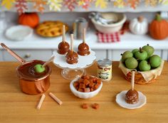 Miniature Making Caramel Apples Set by CuteinMiniature on Etsy . × by image Mini foods Miniature Kitchen, Miniature Crafts, Miniature Food, Miniature Dolls, Barbie Food, Doll Food, Tiny Food, Fake Food, How To Make Caramel