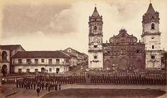 La Plaza de la Catedral, Casco Viejo inicios del siglo XX.