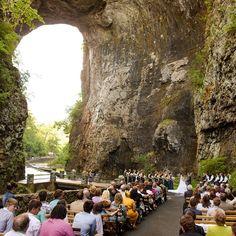 Intimate Ceremony In Natural Bridge Va Katelyn James Photography Wedding Venues Virginia