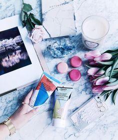 Voir cette publication Instagram par @tovogueorbust • 872 mentions J'aime Alexandra Grant, Net Profit, Tegan And Sara, Cleansers, Ps, Giveaway, Foundation, Tote Bag, Girls