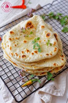 Quick Recipes, Bread Recipes, Cooking Recipes, Healthy Recipes, Naan, Yummy Food, Tasty, Middle Eastern Recipes, Breakfast For Dinner
