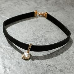 53e010626ce3 Cute Leather Crystal Drop Pendant Choker Fashion Jewelry for Women Black  Velvet Necklace - collar de