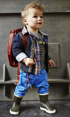 For when Ben is a little bit older - loving the relaxed layers. Toddler Boy Fashion, Little Boy Fashion, Toddler Boys, Kids Boys, Baby Kids, Kids Fashion, Baby Outfits, Outfits Niños, Little Boy Outfits