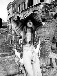 hat. vintage . boho
