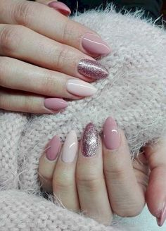 """If you're unfamiliar with nail trends and you hear the words """"coffin nails,"""" what comes to mind? It's not nails with coffins drawn on them. It's long nails with a square tip, and the look has. Gorgeous Nails, Love Nails, My Nails, Nails Today, Perfect Nails, Amazing Nails, Nail Picking, Cute Spring Nails, Nagel Gel"""