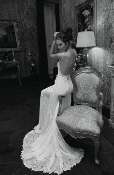 Vestido de novia romántico con espalda descubierta. #wedding #dress #romantic.