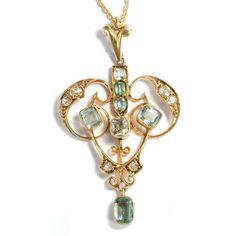 Edwardian Splendor - Zarter Jugendstil-Anhänger mit Beryllen & Diamanten, London um 1905 #hoferantikschmuck #antik #schmuck #antique #jewellery #jewelry
