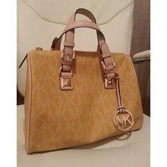 Buy MICHAEL Michael Kors Handbags #Michael #Kors #Handbags at MichaelKorsHandbags Store