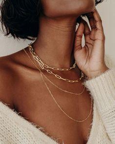 Photo Jewelry, Cute Jewelry, Jewelry Gifts, Gold Jewelry, Chain Jewelry, Layered Chain Necklace, Layered Chains, Necklace Length Guide, Necklace Lengths