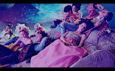 Things get even more wild in Bae Bae. This isn't just the most sexual we've seen BIGBANG, it's up there with the most sexual K-pop videos from a male group ever.The trappy track's visual kicks off with GD frolicking among and rubbing f Pop Songs, Music Songs, Music Videos, Big Bang, Daesung, Bigbang Members, Musica Country, Gd & Top, Hillbilly