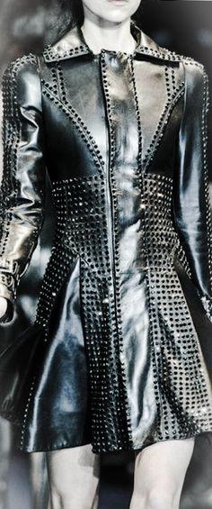 JOJO POST FASHION: Fashion, Insane Cyberpunk Hair, futuristic fashion, cyber fashion, futuristic look, Shoes, Hat, Cuff, Bracelet, futuristic boy, cyberpunk, cyber punk, cyber hair, future fashion. Steam.