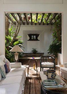 Best Modern House Design, Small House Interior Design, Home Room Design, Dream Home Design, Design Exterior, Interior And Exterior, Bungalow Haus Design, Courtyard Design, Interior Garden