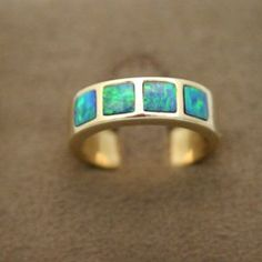 14ct yellow gold inlaid opal ring - Doublet Opals Ring