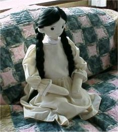 Entrance for Abstemious little Cindy in the scullery. How to make a soft cloth doll.