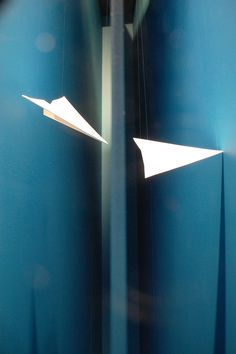NEW SEASON WINDOWS - VMVitamins, Inventors - Have created a static animation, which comes to 