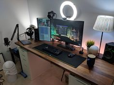 Maybe a good time to jump back into streaming? Home Studio Setup, Home Office Setup, Home Office Design, House Design, Computer Desk Setup, Gaming Room Setup, Pc Setup, Bedroom Setup, Boys Bedroom Decor