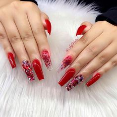 - Rouge bling gel ongles valentines ongles cercueil ongles cristal strass … – Gel bling r - Coffin Nails Glitter, Red Acrylic Nails, Coffin Nails Long, Red Ombre Nails, Red Nails With Glitter, Long Red Nails, Pastel Nails, Silver Glitter, Xmas Nails