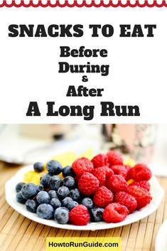Long run snacks are important to your running performance. Learn exactly what long run snacks to eat before, during, and after a long run for optimal energy. Healthy Protein, Healthy Nutrition, Fitness Nutrition, Healthy Cooking, Sports Nutrition, Nutrition Classes, How To Run Faster, How To Run Longer, Diet Snacks