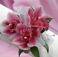Corsage and boutonnieres for prom, homecoming, weddings and other special events Homecoming Flowers, Homecoming Corsage, Prom Flowers, Bridal Flowers, Homecoming Dance, Cake Flowers, Prom Corsage And Boutonniere, Corsage Wedding, Bridesmaid Bouquet