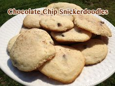 Chocolate Chip Snickerdoodles - Mom Knows It All - From Val's Kitchen Bar Recipes, Other Recipes, Sweet Recipes, Snack Recipes, Dessert Recipes, Snacks, Delicious Cookie Recipes, Yummy Cookies, Yummy Treats
