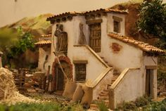 belenes - Buscar con Google Wooden Dollhouse, Dollhouse Miniatures, Navity Scene, Christmas Crib Ideas, Witch Cottage, Christmas Nativity Scene, Decks, Types Of Houses, Small World