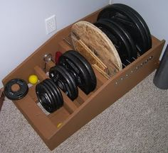 Homemade Strength: Weight Storage Rack - Home gym - Home Gym Diy Home Gym, Home Gym Decor, Diy Gym Equipment, No Equipment Workout, Fitness Equipment, Basement Gym, Garage Gym, Crossfit, Basement Finishing Systems