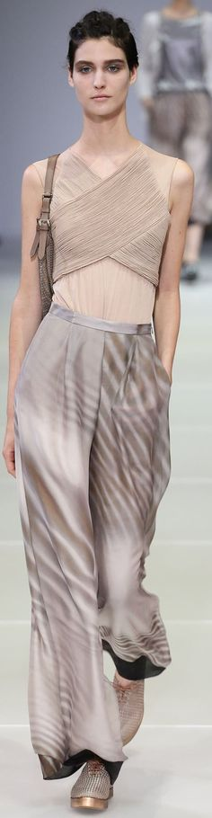 Giorgio Armani Collection Spring 2015