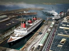 Le Havre 1939 - Normandie in dry dock with Paris burning at Quai Johannes Couvert Ss Normandie, Sea Queen, Ship Of The Line, Drilling Rig, Navy Ships, Ways To Travel, Transportation Design, Battleship, Sailing