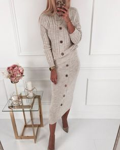 Liotty Round Neck Long Sleeve Button Decoration Stretchy Sweater Two-Piece Dress Mega Fashion, Vogue Fashion, 70s Fashion, Look Fashion, Korean Fashion, Fashion Outfits, Chubby Fashion, Fall Fashion, Modest Wear