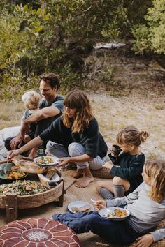 The Simple Life A family moment in Byron Bay with the Adamos Cute Family, Family Goals, Happy Family, Family Guy, Family Ring, Young Family, Farm Family, Big Family, The Simple Life