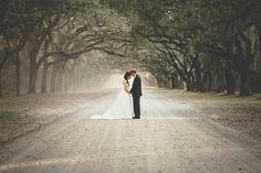 Savannah Southern Wedding Inspiration | Savannah Wedding  Anna Hutchison : photographer