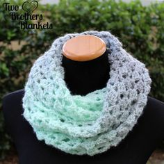 Delightful Scarf- Free Crochet Pattern! – Two Brothers Blankets