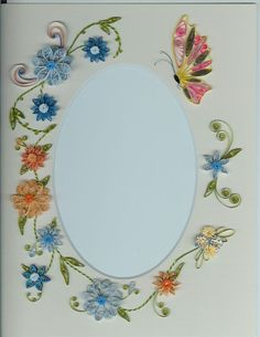 Lots of neat ideals Quilling Butterfly, Quilling Work, Butterfly Drawing, Quilling Flowers, Quilling Cards, Paper Quilling, Quilling Ideas, Butterflies, Quilling Photo Frames