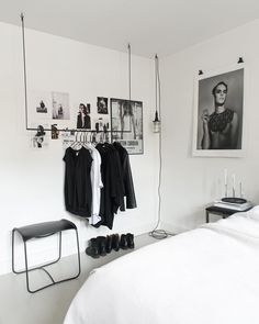45 Minimalistic Bedrooms You Can Use As Inspiration Minimalist Bedroom Bedrooms Inspiration minimalistic Interior Design Blogs, Interior Design Minimalist, Minimalist Bedroom, Interior Logo, Minimalist Apartment, Cafe Interior, Interior Styling, First Apartment Essentials, Deco Studio