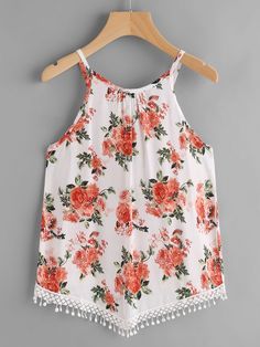 SheIn offers Random Florals Crochet Hem Cami Top & more to fit your fashionable needs. Chic Outfits, Spring Outfits, Girl Outfits, Pretty Shirts, Stylish Tops, Clothing Hacks, Harajuku Fashion, Teen Fashion, Blouse Designs